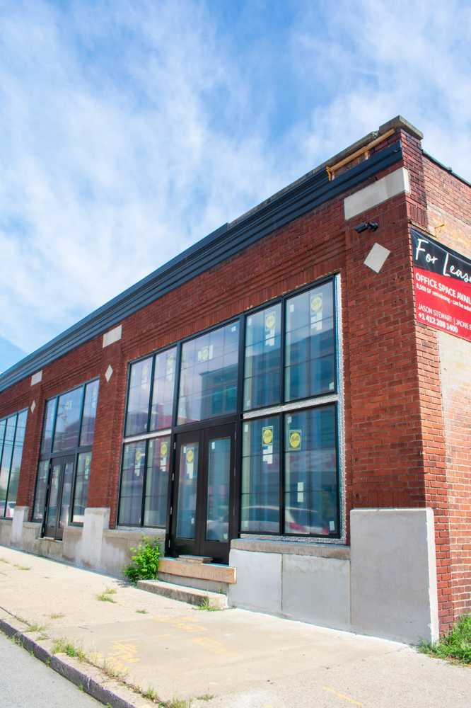 Image of 6601 Hamilton- Single-Story, East End, High Ceiling, New Windows, Open Office Space-4018 - CoeoSpace 4018